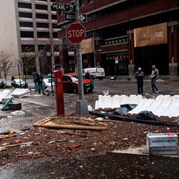 Le conseguenze dell'uragano Sandy il 30 ottobre 2012 nel quartiere finanziario di NewYork. (Afp)