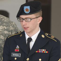 Wikileaks, condannato il soldato Manning. Ma niente ergastolo: non è colpevole di «aiuto al nemico»