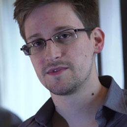 Datagate, Snowden lascia Hong Kong e chiede asilo in Ecuador