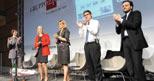 Sul palco da sinistra, Luca Paglicci, direttore WebSystem, Paola Bonomo, responsabile Business Unit Online, Donatella Treu, amministratore delegato del Gruppo 24 Ore, Giani Riotta, direttore de Il Sole 24 Ore, Daniele Bellasio, responsabile de Il Sole 24 Ore (Foto di Angela Quattrone/Emblema)
