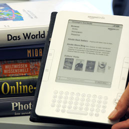 Libri digitali a scuola, si parte (gradualmente) dal 2014/2015