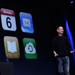Steve Jobs all'evento iCloud presenta Lion (Getty)