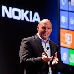 Quando Microsoft voleva comprare Nokia: la seconda grande scalata fallita dal Ceo Steve Ballmer - Le mosse di Huawei