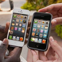 Apple pronta al lancio di un iPhone low cost entro il 2013