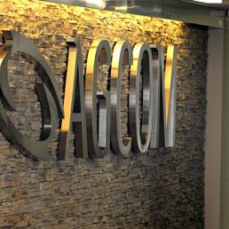 Agcom, si dimette per «gravi motivi personali» il commissario Dècina