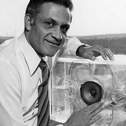 Addio Mr Bose, scienziato visionario che ha cambiato l'hi-fi - Foto