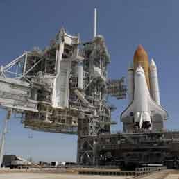 Guerre stellari iniziate (sulla Terra)Litigio tra i miliardari Bezos e Musk per acquisto base a Cape Canaveral