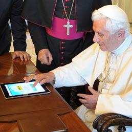 Non solo iPad2, il Papa e internet «dono dell'umanità» (Reuters)