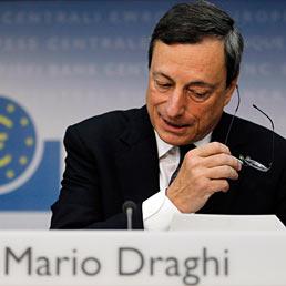 Nella foto il presidente della Banca centrale europea, Mario Draghi (Reuters)