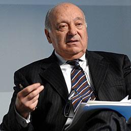 Faro sulla governance Generali dal 2007. Nella foto Giancarlo Giannini, presidente dell'Isvap, l'autorità di vigilanza del mercato assicurativo (Imagoeconomica)