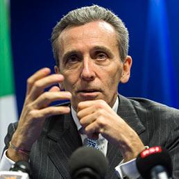 Nella foto il ministro dell'Economia, Vittorio Grilli (Bloomberg)