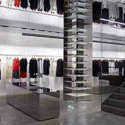 Per victoria beckham prima boutique minimalista come i for Interni minimalisti
