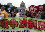 Tokyo, pacifisti in «guerra» con il premier Abe