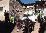 Nepal: camionabile minaccia le carovane dei tempi di Marco Polo