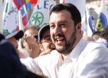 Lega in piazza a Roma, Salvini: Renzi servo sciocco di Bruxelles