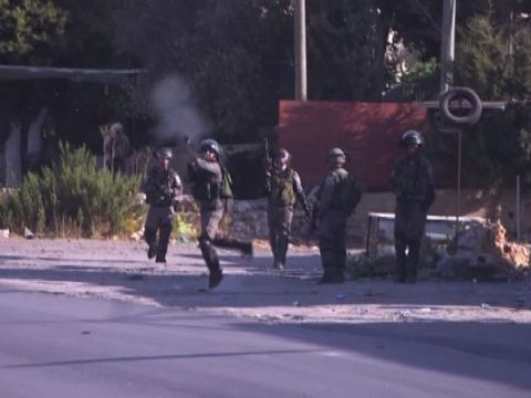 Proteste e scontri dopo l'uccisione di un bimbo palestinese