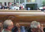 Coniugi uccisi a Palagonia, salme in Comune per camera ardente