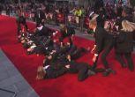 A Londra tornano le suffragette e invadono il red carpet